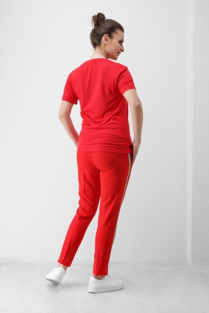Красная футболка 1852 0006